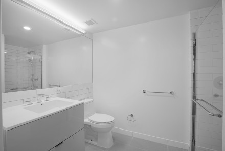 Enclave - Unit 212 Bathroom